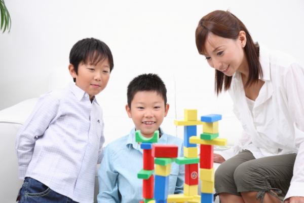 どうしても苦手?親が子どもとうまく遊ぶ一番の方法【4ステップ】