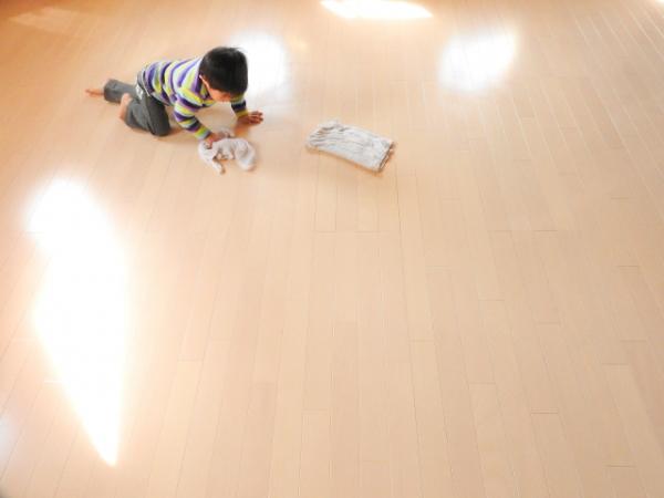 子どもにも家の仕事を持たせる深い意味【お手伝いさせなかった後悔】