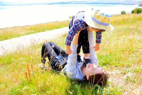 保育園・幼稚園の登園時に泣く子ども。どう対処すればいい?