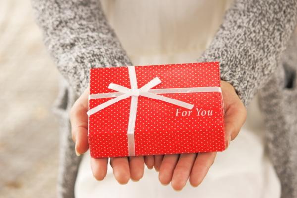 ママ友からの誕生日プレゼントの選び方と断り方