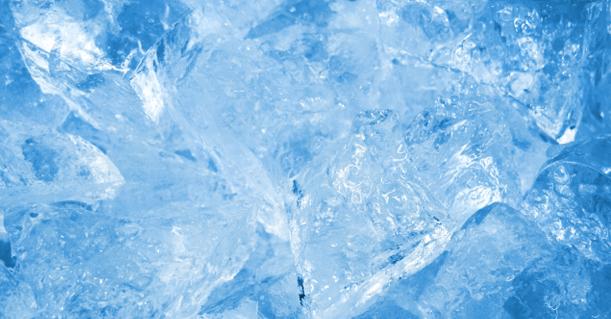 氷とは何か?水が凍ると体積が増...